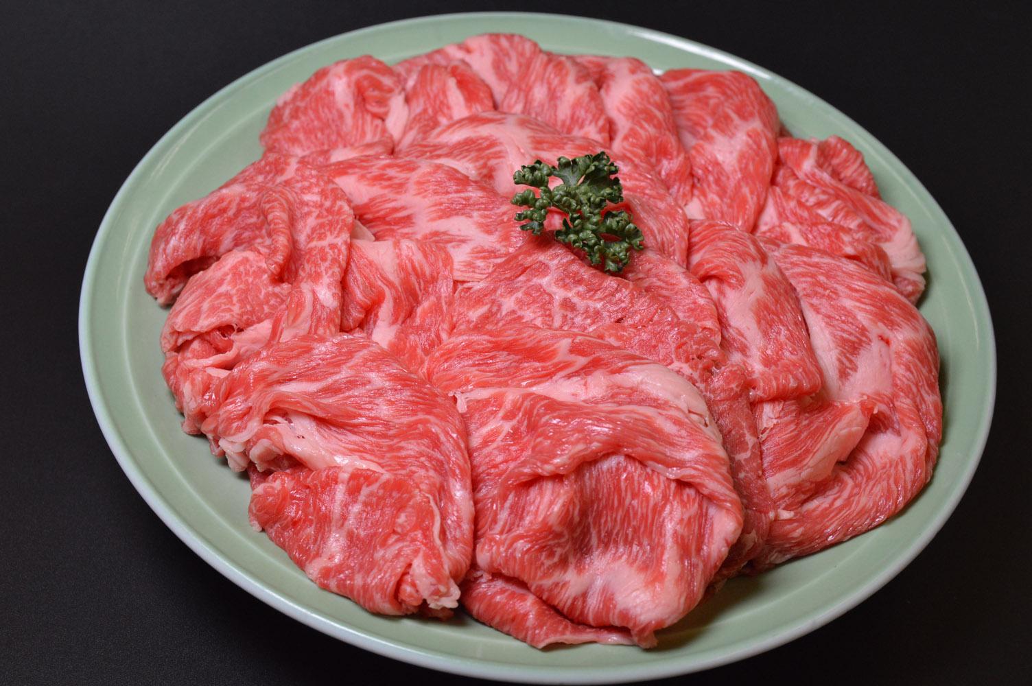 """一頭一頭丹念に匠の技でじっくり育て上げる京都の和牛 その中から品質を厳選したものが 伝統と文化の味""""京都肉"""" まさに美味の贅を極めた逸品です ふるさと納税 京の逸品 2020モデル モリタ屋 実物 切落とし 京都肉 京都 500g"""