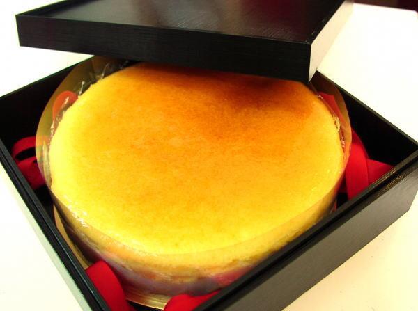 【ふるさと納税】重箱入り京風はんなりチーズケーキ(18cm)