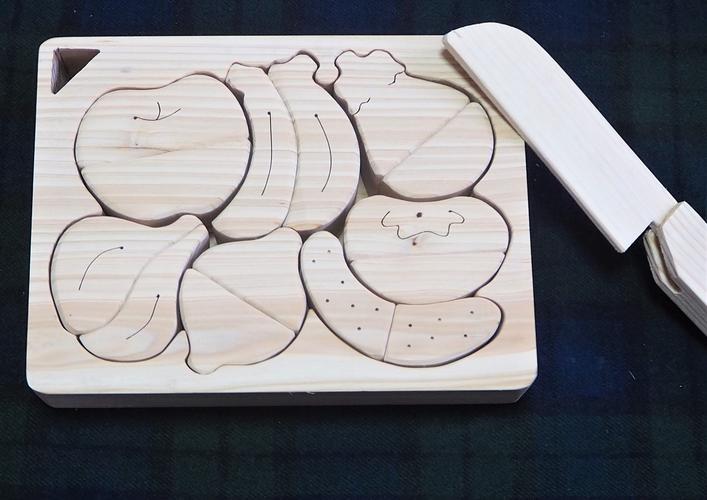 【ふるさと納税】河内材ヒノキを使った ままごとパズル