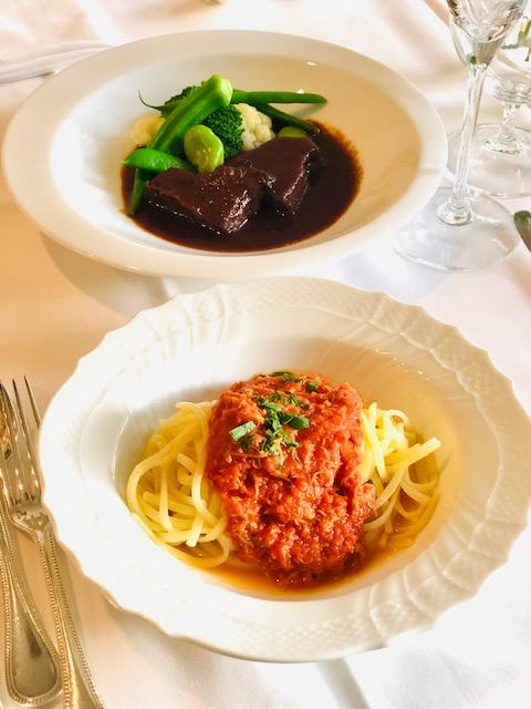 【ふるさと納税】ベニズワイガニの特製トマトソースのパスタと和牛ホホ肉の赤ワイン煮込みセット