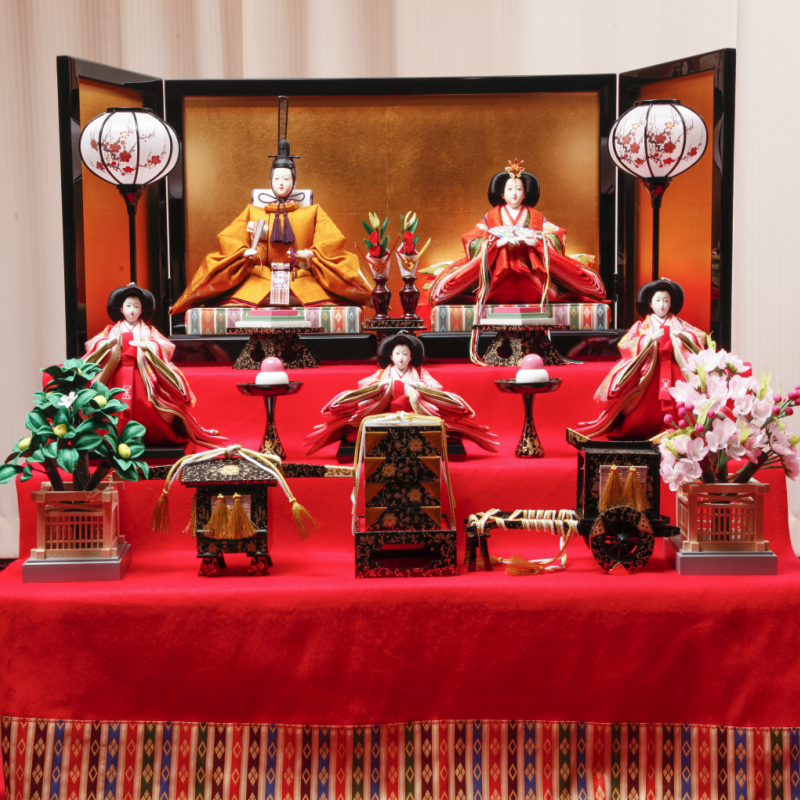 【ふるさと納税】雛人形 三段五人飾り 黄呂染