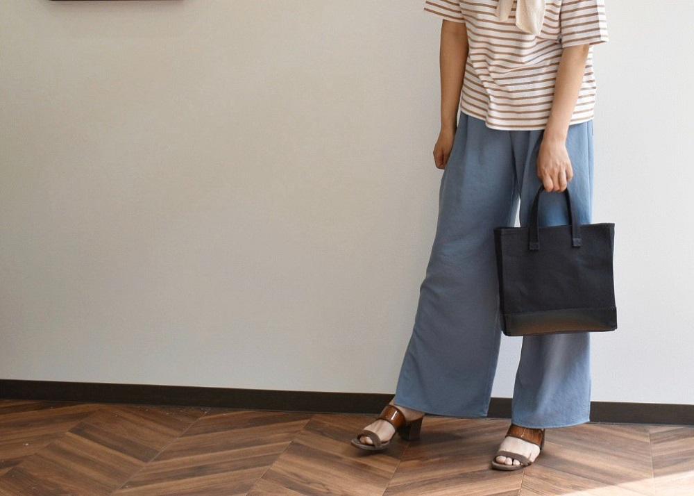 【ふるさと納税】鞄職人が手掛ける【マガジントート】ブラック