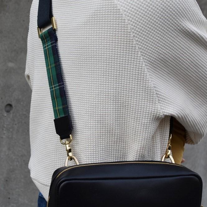 【ふるさと納税】鞄職人が手掛ける【ショルダーバッグ】(金具ゴールド)