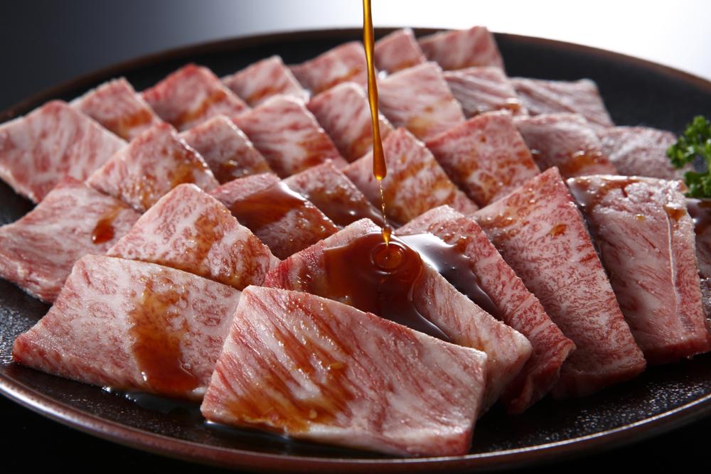 【ふるさと納税】【淡路牛】焼肉用【肩ロース500g】
