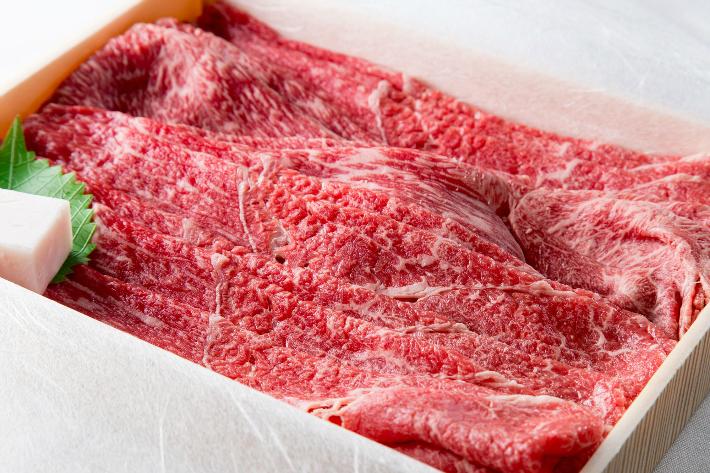 丹精込めた牝の神戸ビーフのお肉です お客様それぞれのハレの日の食卓に 店 ふるさと納税 半額 モモカタすきしゃぶ 482 神戸ビーフ牝