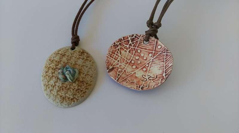ふるさと納税 SH 17陶芸作家 松本都子 さとこ のネックレス陶片抱擁首飾りO8wknP0