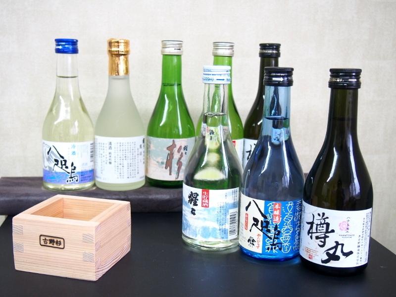 【ふるさと納税】吉野の地酒呑み比べ7種8本セット(吉野杉升付)