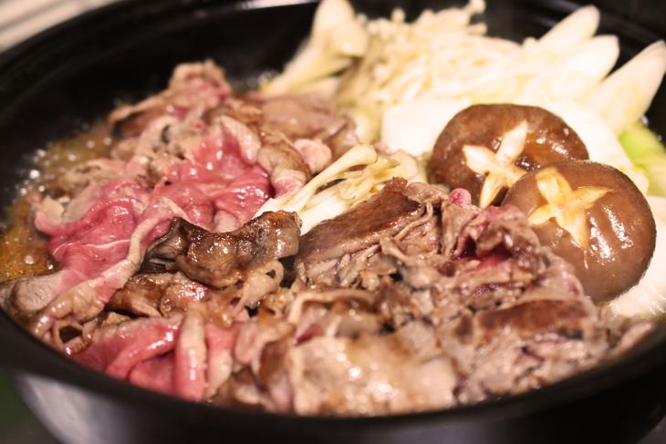 【ふるさと納税】熊野牛 ロース・肩ロース すき焼き、しゃぶしゃぶ 1kg(粉山椒付)