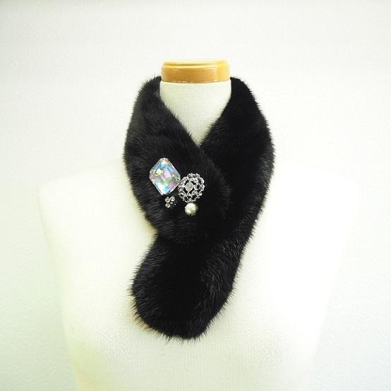 【ふるさと納税】毛皮の宝石 高級ミンク ビジューパーツ装飾チョーカー ブラック