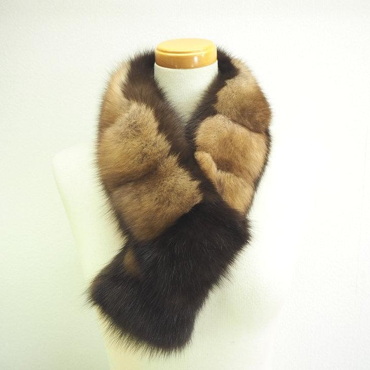 【ふるさと納税】毛皮の王様 ロシアンセーブル&ヌートリアバイカラーマフラー