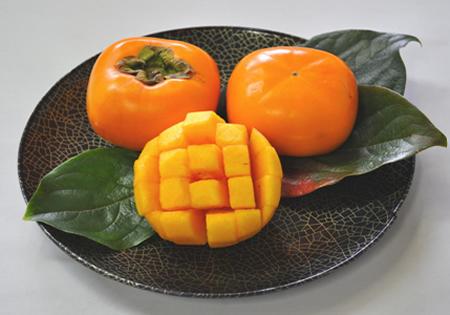 大人気の和歌山の種なし柿。とっても甘い秋が旬の味覚です。 【ふるさと納税】【先行予約】【秋の美味】和歌山の平たねなし柿 約7.5kg※2021年10月上旬~11月上旬発送予定となります
