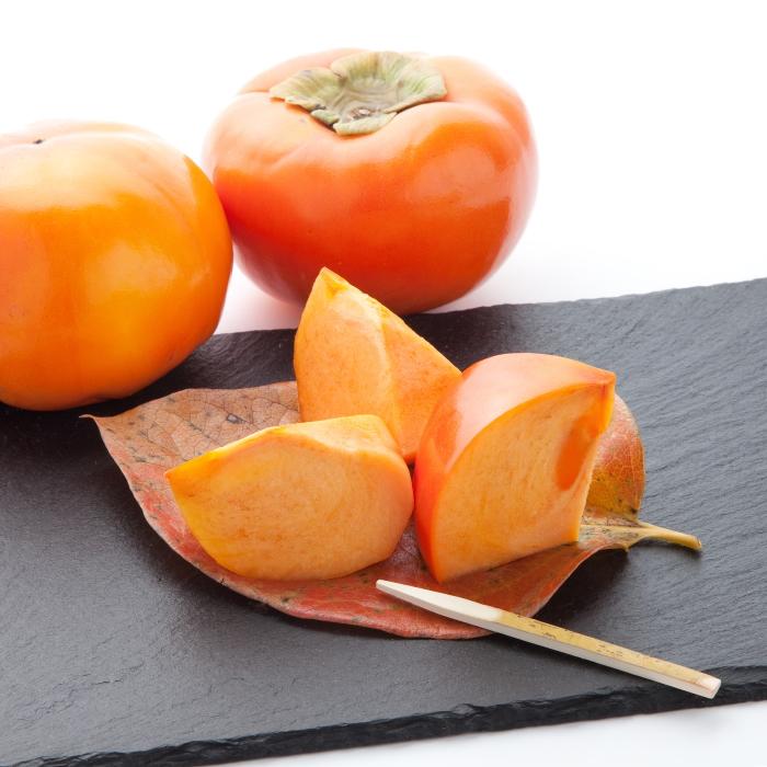 柿名産地和歌山の『富有柿』はとっても濃厚な甘さが特徴です。 【ふるさと納税】【秋の美味】和歌山の濃厚富有柿(ご家庭用) 約7.5kg ※2021年10月下旬頃より順次お届け