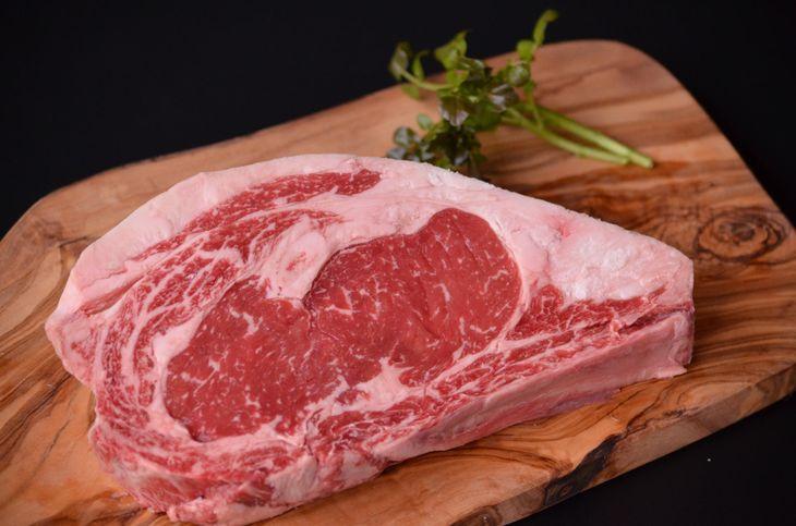 【ふるさと納税】【熟成肉】鳥取和牛「mere Rouge(メア・ルージュ~母なる赤~)」ロースステーキ