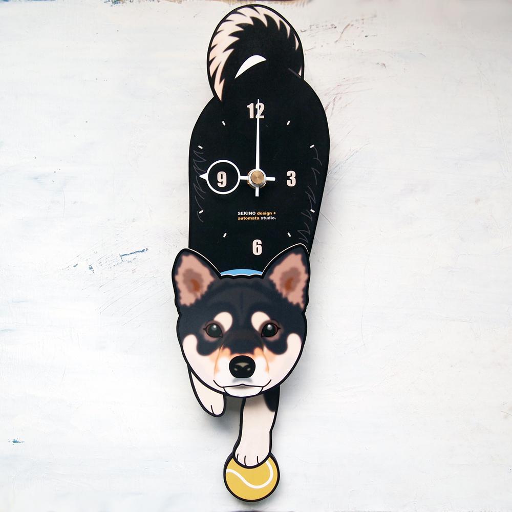 オンライン限定商品 手の部分が振り子になった壁掛け用時計 ふるさと納税 黒柴-犬の振り子時計 2020新作 D-001