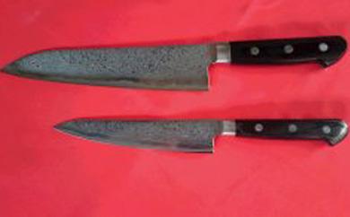【ふるさと納税】ステンレス製割込みダイス鋼入り高級複合包丁SUSダマスカス剣型2点セット