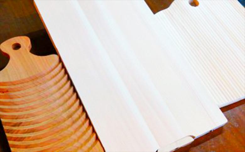 【ふるさと納税】【四万十ヒノキが香る!】スタンドまな板・カッティングボード・洗濯板セット
