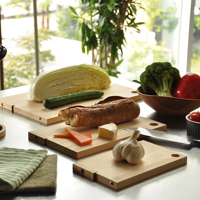 【ふるさと納税】STYLE JAPAN 四万十の森に育まれたひのきのまな板(スタンド式)3枚セット