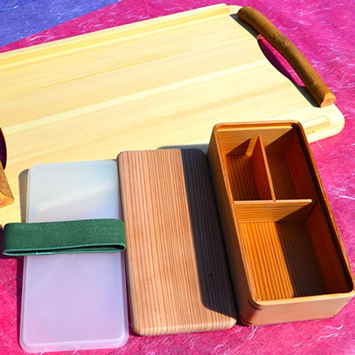 【ふるさと納税】土佐の天然素材シリーズ 四万十ひのき小枝付きトレイ・杉の弁当箱セット