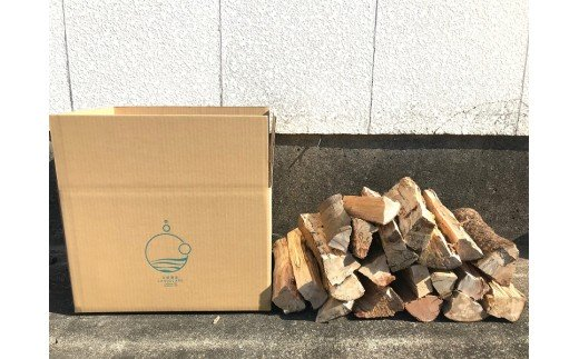 【ふるさと納税】【BD-1】【毎月お届け】サンゴと森を守る薪の定期便(2箱×12カ月)