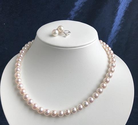 """【ふるさと納税】【BS-2】あこや本真珠8ミリ珠の""""ネックレス&イヤリングの2点セット"""""""