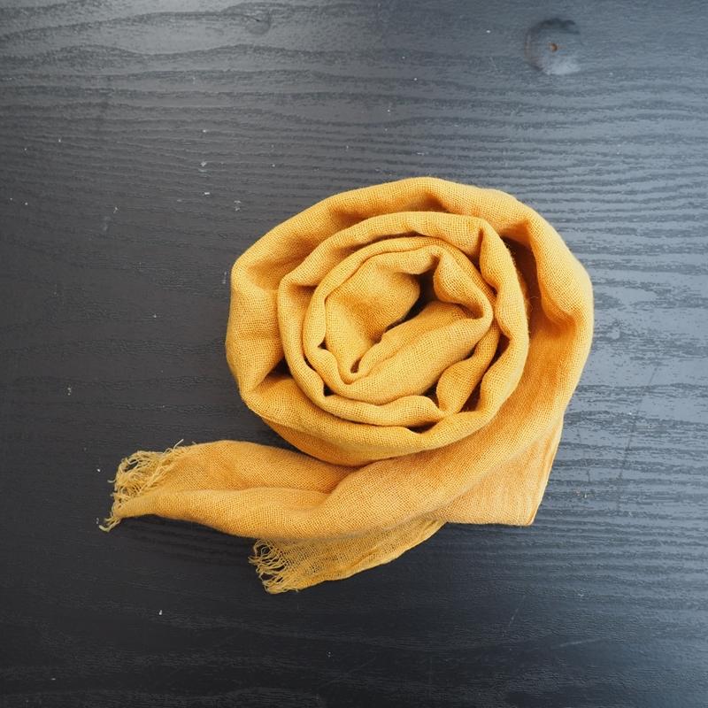 【ふるさと納税】AI-2 四万十川源流 草木染めスカーフ(ショート)玉葱の皮