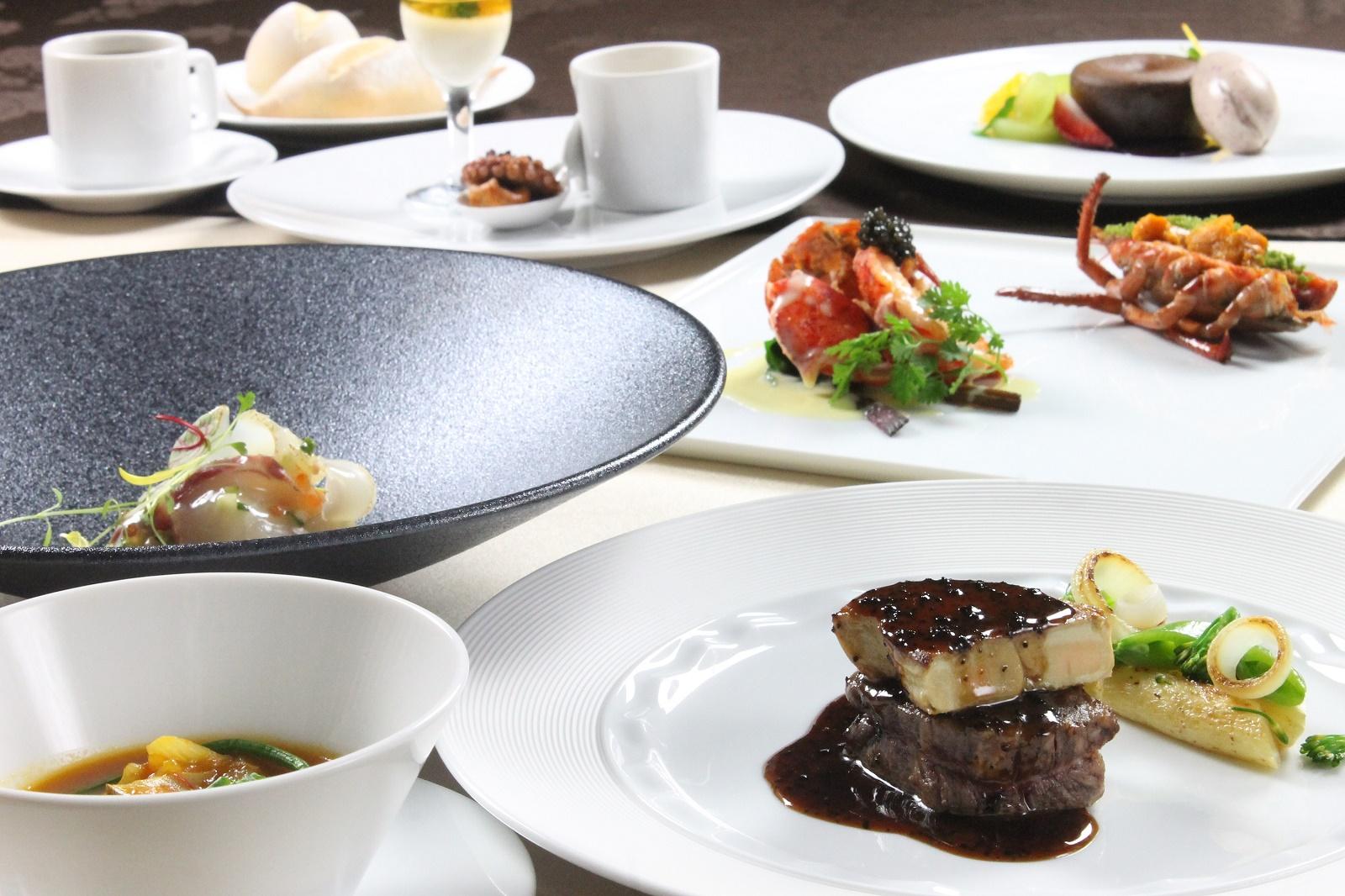 【ふるさと納税】三井港倶楽部最高級ディナー(ボトルワイン付) ペア