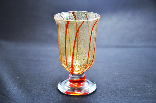 【ふるさと納税】M1392_金彩冷酒杯 赤 HA-03-1