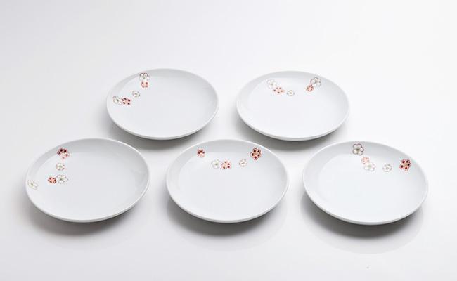 A35-34【ふるさと納税】肥前赤絵窯元 鷹巣 紅白梅4寸皿5枚組