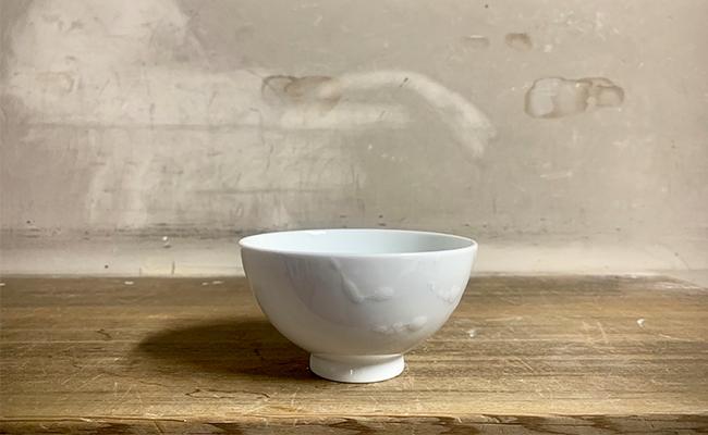 有田焼 磁器 白磁 飯碗 A25-82【ふるさと納税】白磁釉滴飯碗(小) 井上祐希作 (井上萬二窯)