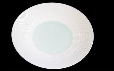 【ふるさと納税】AA21 【波佐見焼】【洸淋窯】見込青白磁千段 8寸皿【くらわんか】