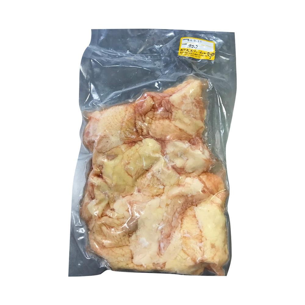 硬すぎず柔かすぎない絶妙な歯ごたえ・弾力とジューシーさが特徴です。ほのかな甘みとコクがありながらもしつこさやクセがありません。 【ふるさと納税】天草大王 鶏皮 1kg 鶏肉 おつまみ 焼き鳥 希少部位 熊本県産 九州産 国産 冷凍 送料無料