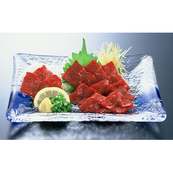 【ふるさと納税】熊本名物 鮮馬刺し(100g×7P) 【お肉・馬肉・さくら肉・ジビエ】