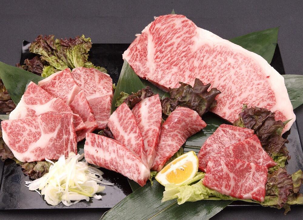 【ふるさと納税】黒樺牛 焼肉セット 大関 750g サーロインステーキ ロース カルビ モモ 送料無料