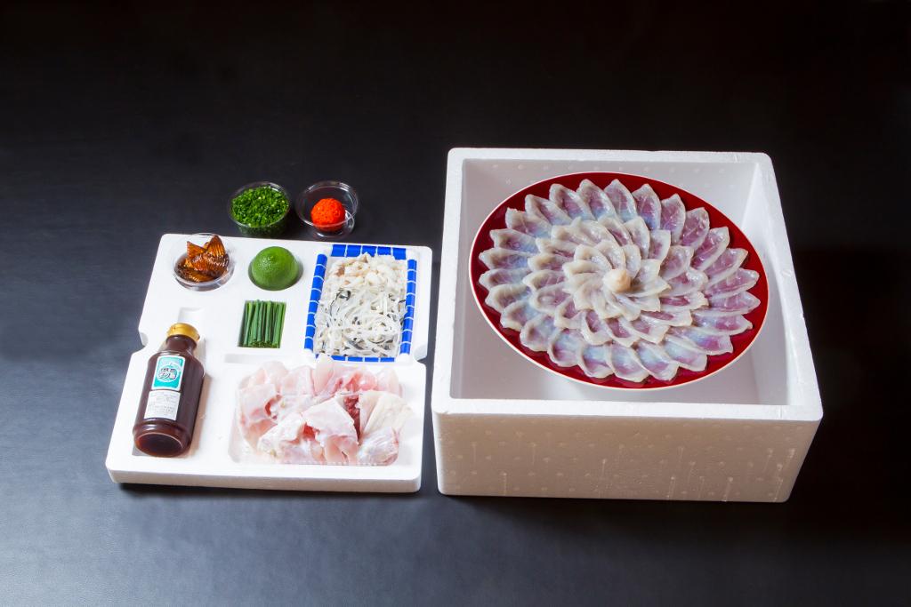 【ふるさと納税】ふく亭別館・高島水産 臼杵とらふぐ料理セット(4~5人前)