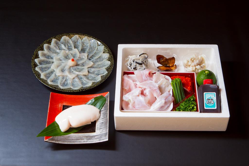 【ふるさと納税】ふく亭別館・高島水産 臼杵とらふぐ料理セット (3人前) 白子付き