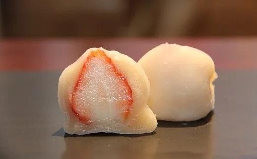 売れ筋ランキング イチゴ 大福 和菓子 手作り お取り寄せ 苺 完熟いちごのいちご大福 10個入 和スイーツ ふるさと納税 永遠の定番 季節限定