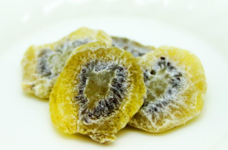 【ふるさと納税】大分県産キウイのドライフルーツ·20袋