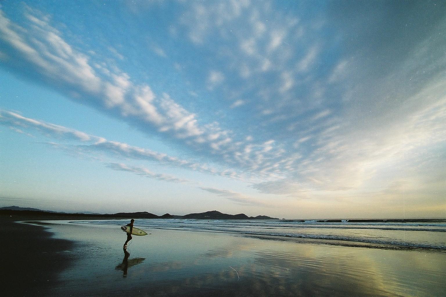 【ふるさと納税】ヒュー!日向 サーフィンとフォトジェニックな日向を楽しむたび 2泊3日
