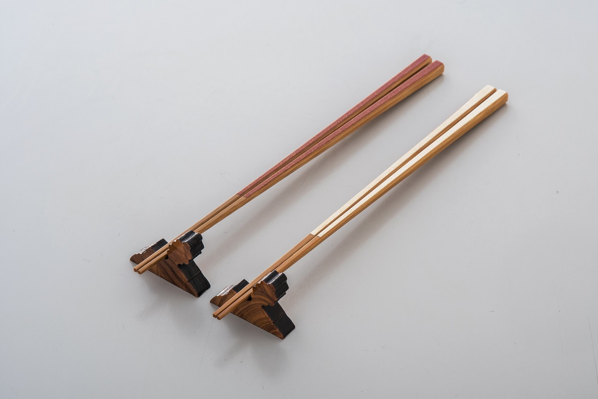 【ふるさと納税】かごしま竹箸 紅白の夫婦箸と屋久杉箸置きセット