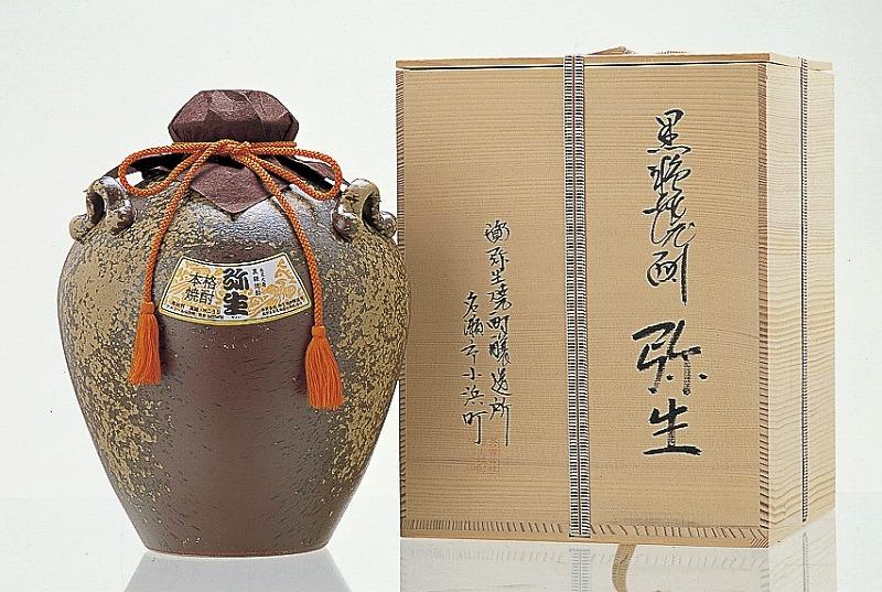 【ふるさと納税】奄美でしか造れない黒糖焼酎「弥生みんがめ」5.4L