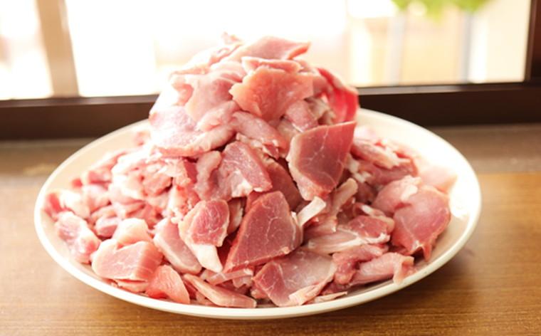 【ふるさと納税】AD-3 かつみの島豚いちばん豚(小間切れ)