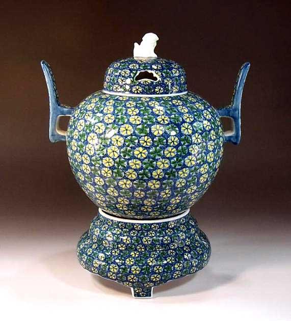 有田焼・伝統工芸染錦小花紋様飾り大香炉陶芸作家 藤井錦彩 作