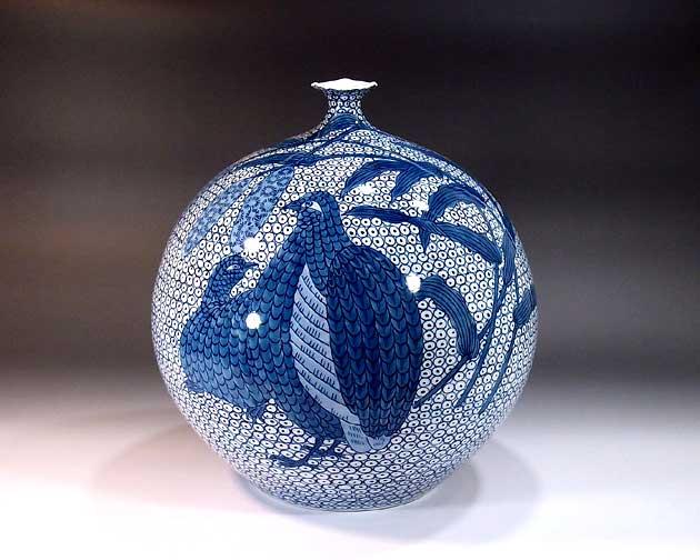 有田焼・伝統工芸・総手描き染付鶉絵飾り花瓶陶芸作家 藤井錦彩 作
