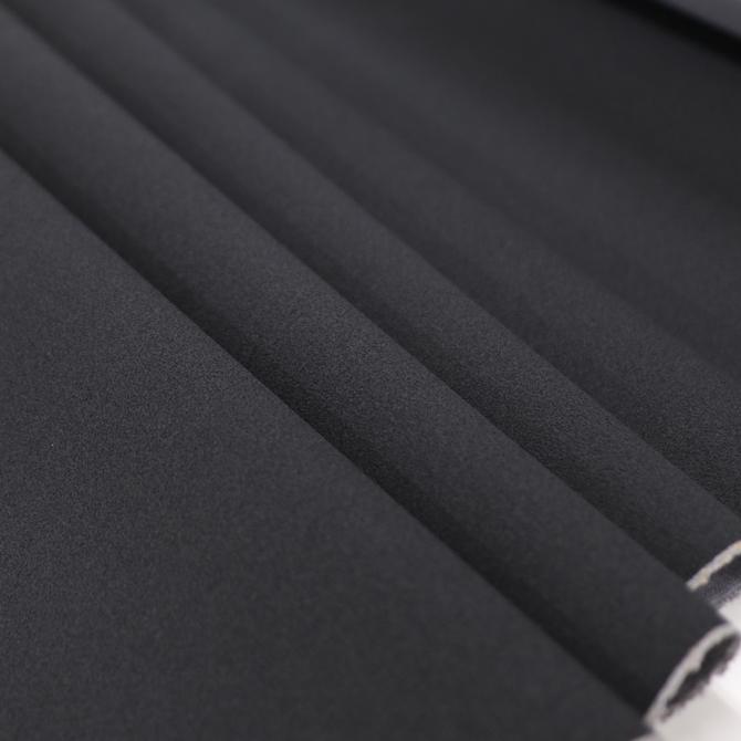 バッグやリュックのショルダー部分に最適な滑り止め 滑り止めPVCレザー 爆買いセール 50cm単位 日本製 ノンスリップレザー 黒 BLACK ハンドメイド ソーイング ノンスリップ素材 高額売筋 滑り止めシート 滑り止め裏地 鞄 バッグ 生地 肩当て ルームシューズ 布