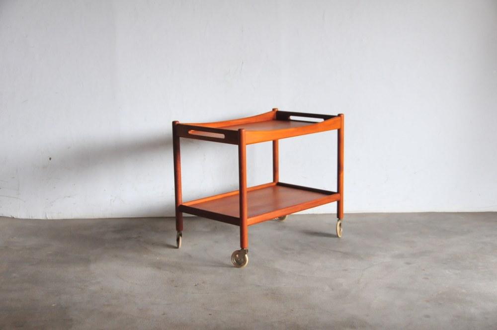 Hans Wegner Andr TuckAT 45 low Table Teakハンス・ウェグナー カートテーブル