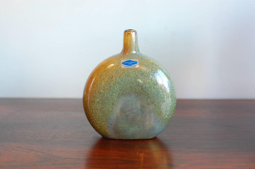 Oiva Toikka MANSIKKAPAIKKA-decoration bottle