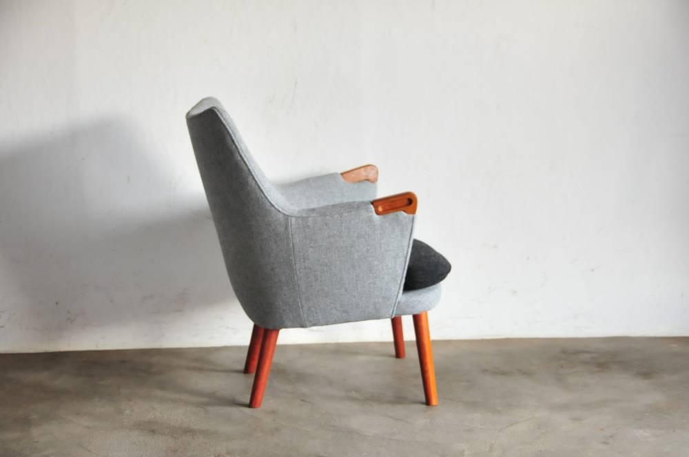 """Hans J Wegner """"Mini Bear"""" AP 20 Hans Wegner minibar classic Chair rare teak"""