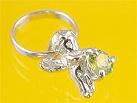 心から誕生を祝福する天使の指輪 エンジェルベビーリング ペリドット 品質保証 出産記念 誕生祝い ディスカウント Mother's First Day 出産祝い