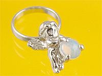心から誕生を祝福する天使の指輪 エンジェルベビーリング 値下げ オパール 出産記念 誕生祝い 超定番 Day Mother's First 出産祝い