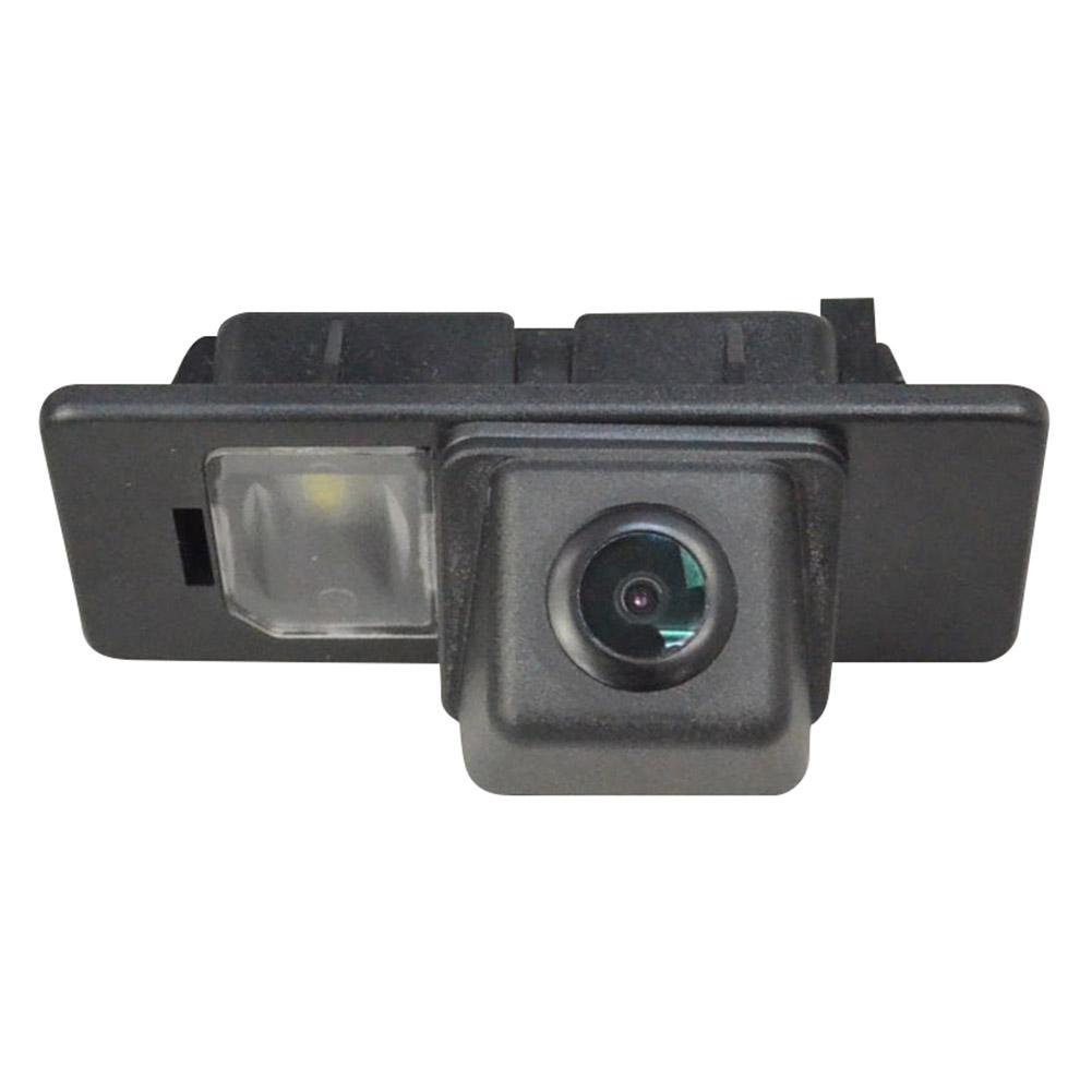 VWフォルクスワーゲン車種別設計のCCDバックカメラ!純正ナンバー灯と交換するだけのカスタムフィットリアカメラ。取付後は純正のような仕上がりに! RC-AUVW-HS54 SONY CCD バックカメラ Jetta Mk6 ジェッタ (A6 1K 5C6 2011以降)VW フォルクスワーゲン 純正ナンバー灯交換タイプ (アウディ バック カメラ CCDバックカメラ パーツ ライセンスランプ リアカメラ カスタム カスタムパーツ 車 改造)